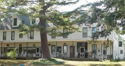 This inn is Michigan's oldest operating hotel. Can you say ... charming?
